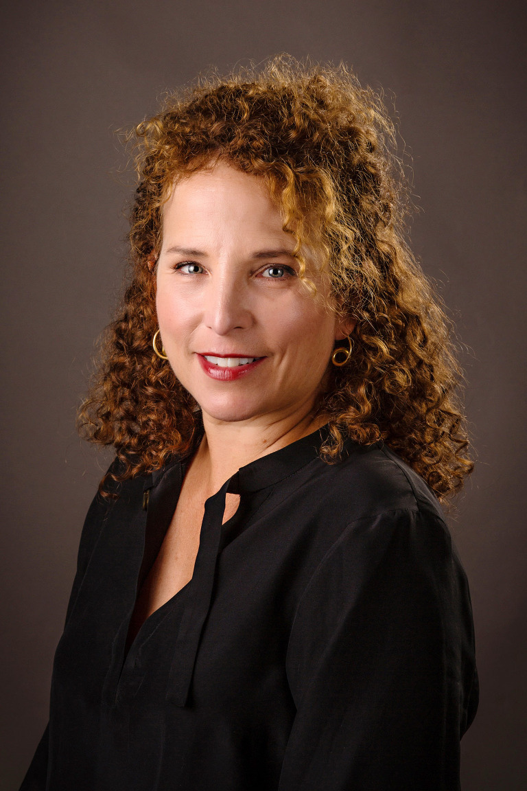 Headshot picture of a businesswoman